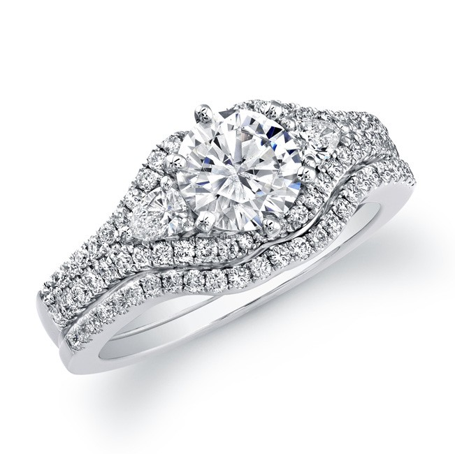 14k White Gold Pave and Prong Diamond Bridal Set
