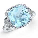 14k White Gold Blue Topaz Fashion Ring